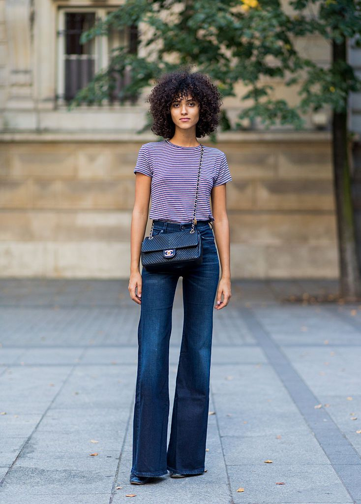Stradă style flare jeans and striped t-shirt