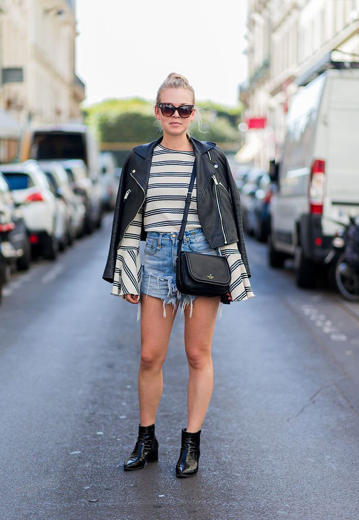 Stradă style denim shorts and leather jacket