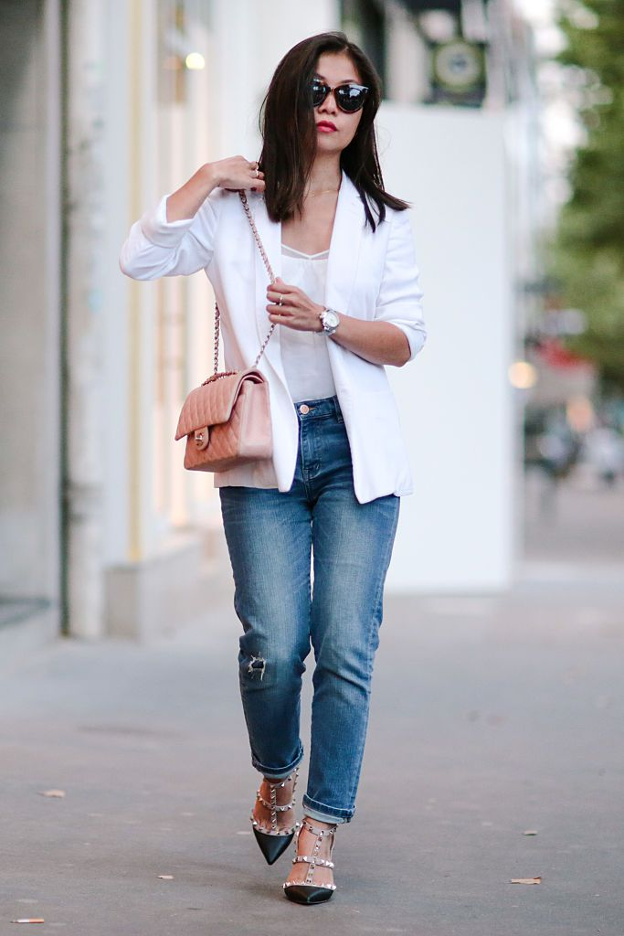 Улица style casual white blazer and jeans