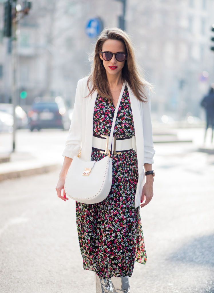 Цвеће dress and white blazer outfit for women