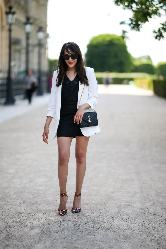 Мало black dress and white blazer outfit for women