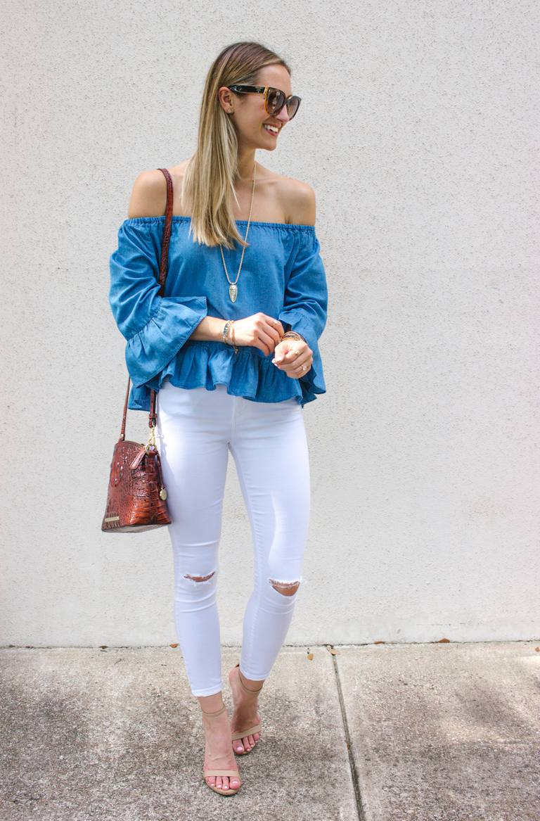 Vit skinny jeans and off the shoulder top outfit