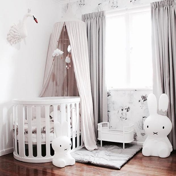 Греи and White Nursery Idea for a Baby Girl