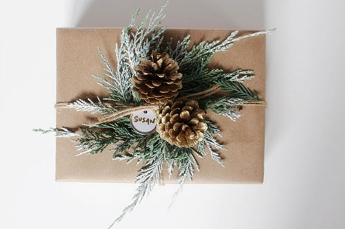 देवदार Pine Cones Brown Paper Christmas Gift Wrap