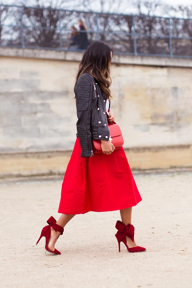 Црвена Midi Skirt Leather Jacket Outfit
