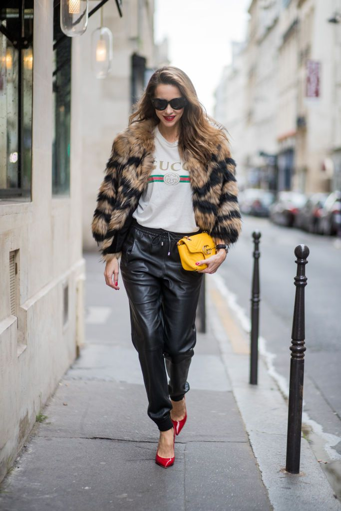 Csíkos fur coat and leather pants