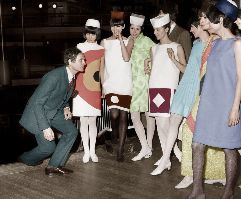 Francoski couturier Pierre Cardin was known for collarless jackets and vibrant mini dresses.