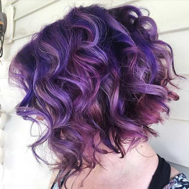 Kort Curly Purple Hairstyle