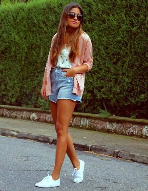 Неформалан Denim Shorts Outfit for Summer