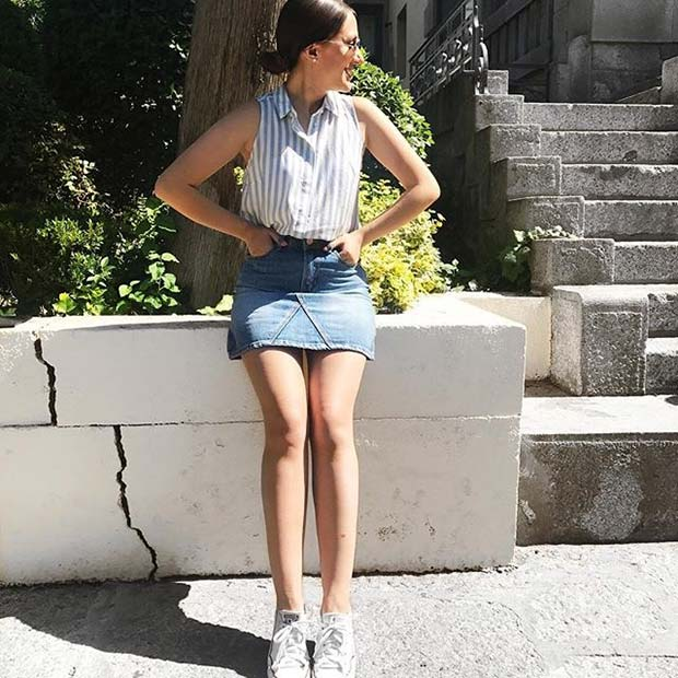 דֵנִים Skirt and Sneakers for Casual Summer Outfits