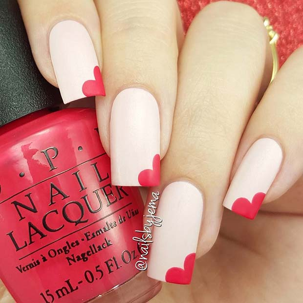 เบา Pink Nails with Hearts