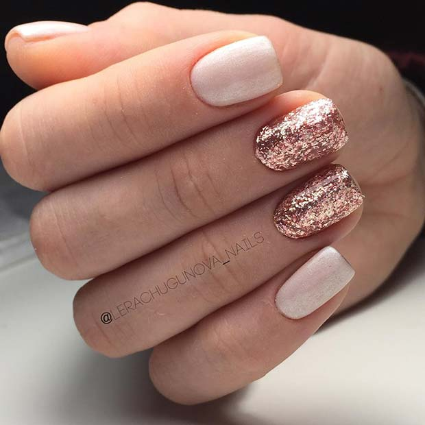 गुलाब का फूल Gold Glitter Nails for Elegant Nail Designs for Short Nails