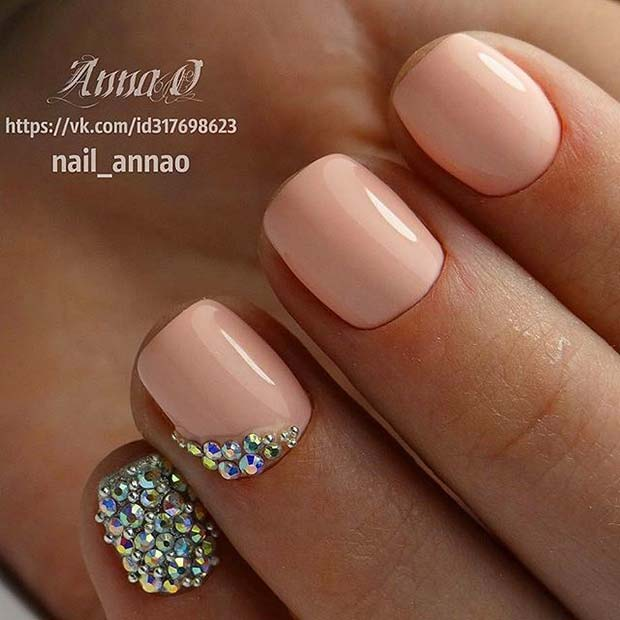रोशनी Manicure with Gem Accent Nails for Elegant Nail Designs for Short Nails