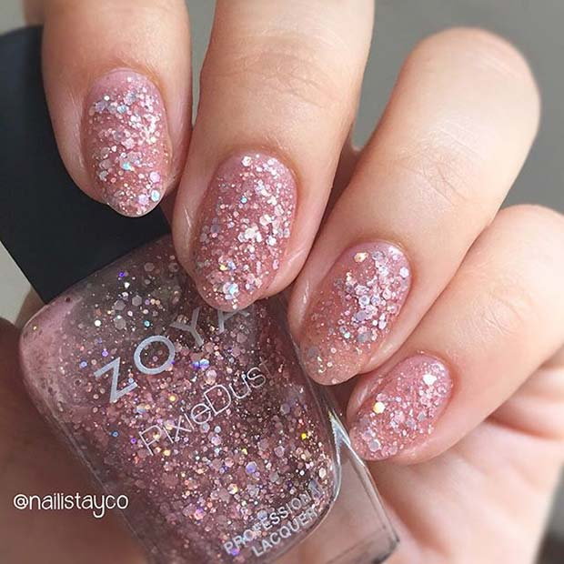 सब Over Glitter for Elegant Nail Designs for Short Nails