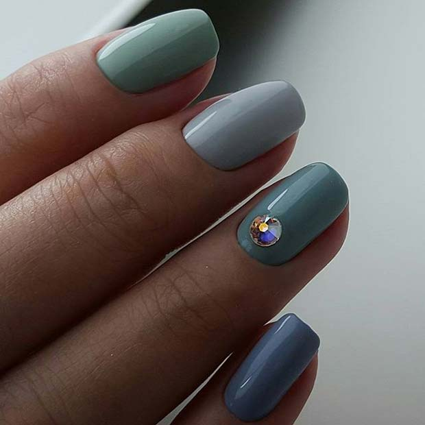 Diferit Shades of Blue for Elegant Nail Designs for Short Nails