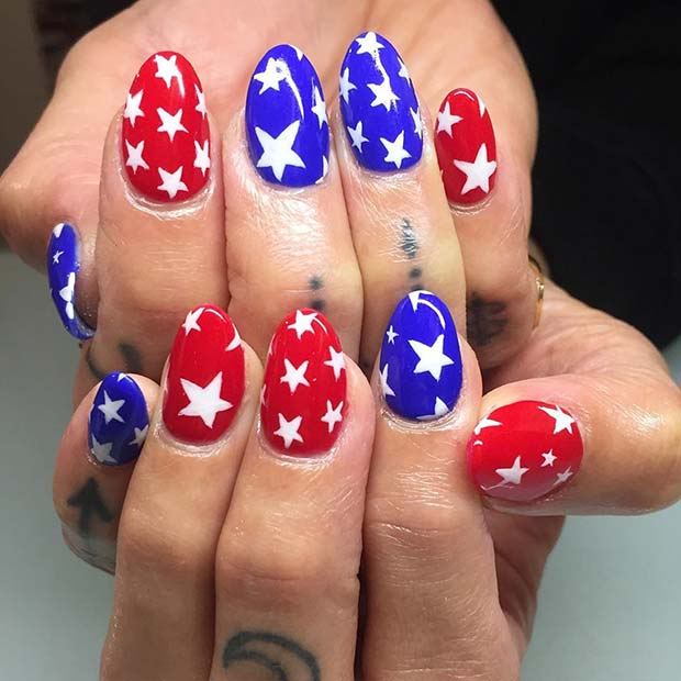 Bold Star Design for 4th of July Nail Idea