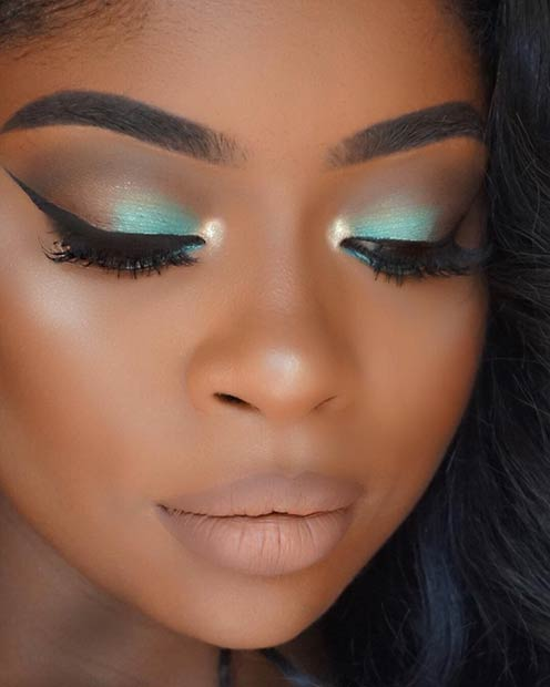 Zelenomodra Mint Smokey Eye Makeup for Dark Skin