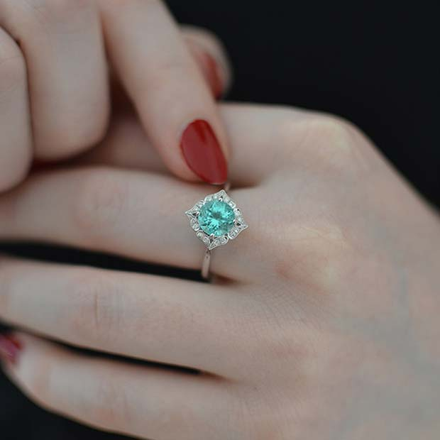 शिष्ट Turquoise Blue Engagement Ring
