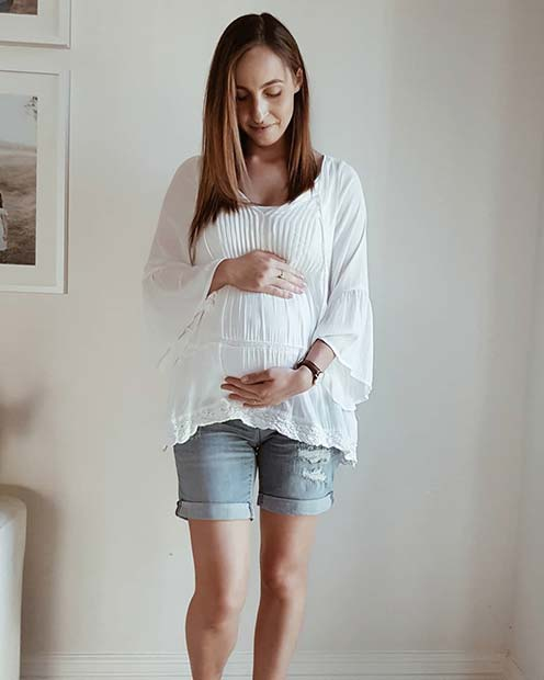 Yaz Maternity Shorts Outfit