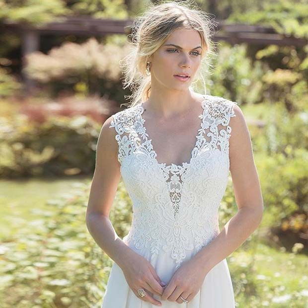 delikatan Lace Detail and Strap Design for Summer Wedding Dresses for Brides