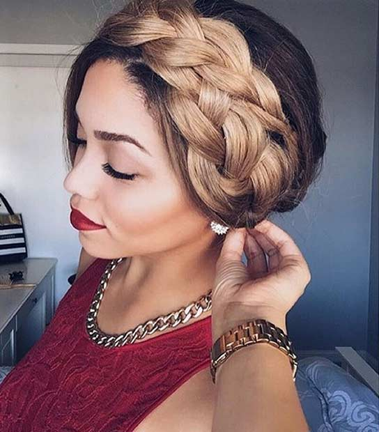 şeritlenmiş Crown Hairstyle for Summer