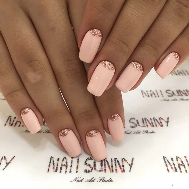Güzel Pink and Rose Gold Nails