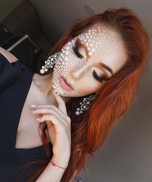 Frumos Pearl Makeup for Best Halloween Makeup Ideas