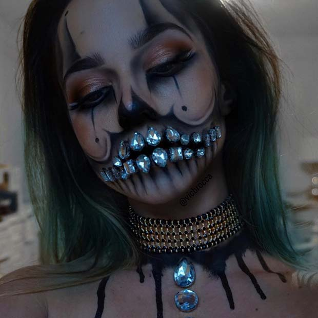 Cristal Skull Clown for Best Halloween Makeup Ideas