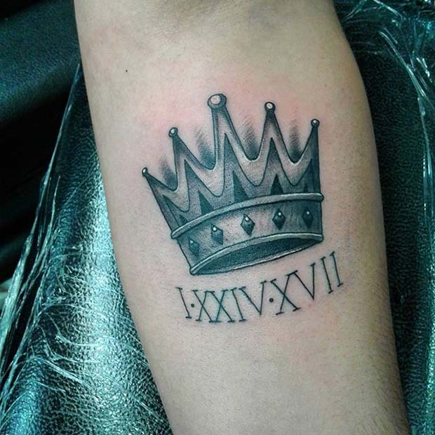 โรมัน Numeral Crown Tattoo Idea for Women