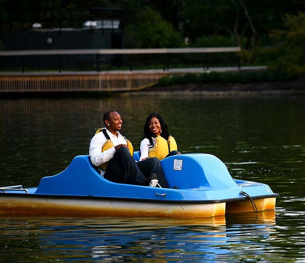 मज़ा Boat Idea for an Outdoor Wedding
