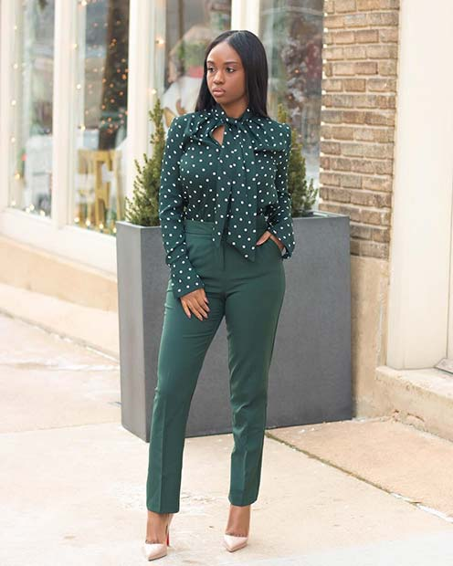 सब Green Work Outfit Idea for Summer