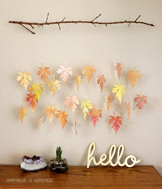 Frunze and Branch Thanksgiving Decoration Idea