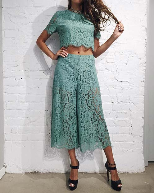 Ujemanje Lace Top and Culottes
