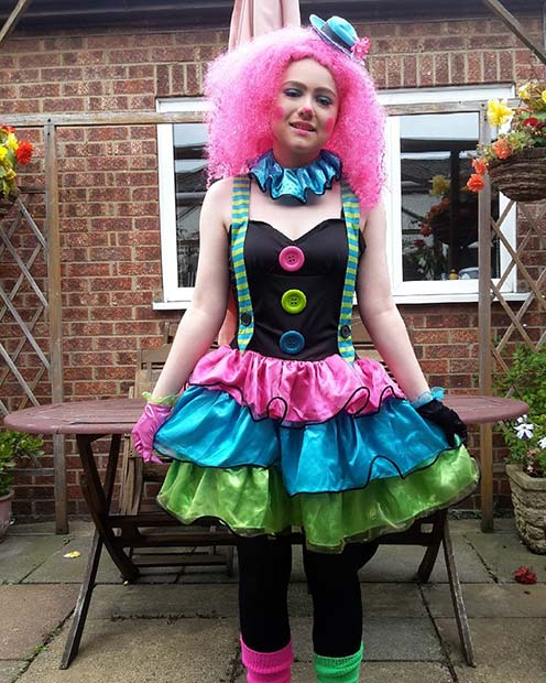 Grozljivo Clown for Halloween Costume Ideas for Teens