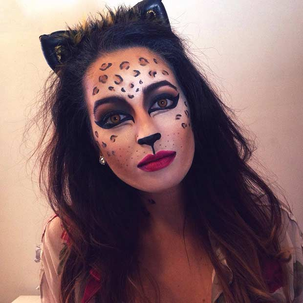Preprosto and Simple Cheetah Halloween Makeup