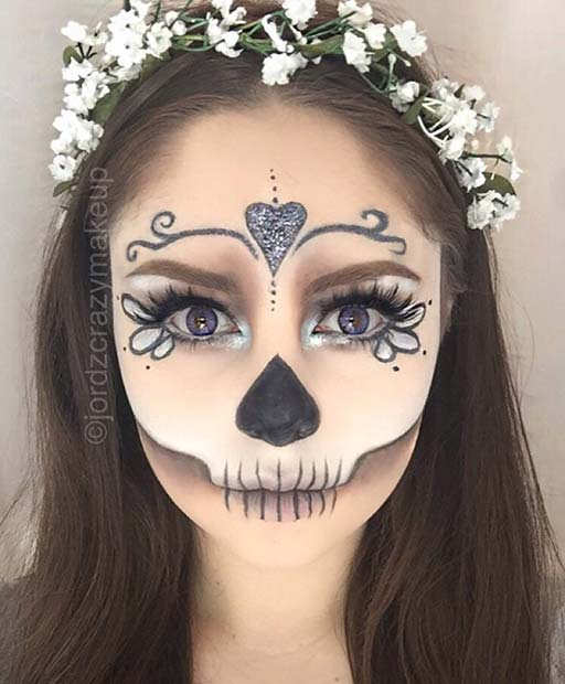 आधा Skull Halloween Makeup for Pretty Halloween Makeup Ideas