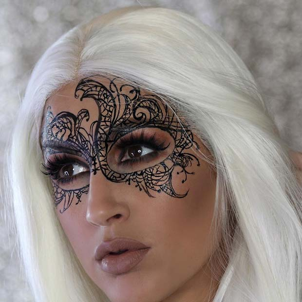 बहाना Mask for Pretty Halloween Makeup Ideas