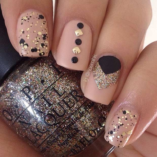 Mat Neutral Gold and Black Nail Design