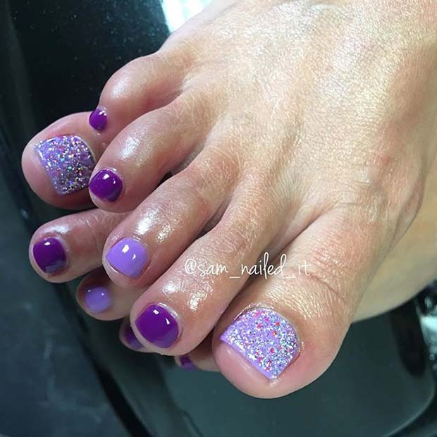 Kolay Purple Glittery Toe Nail Design