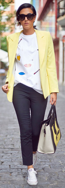 Negru and Yellow Spring Outfit