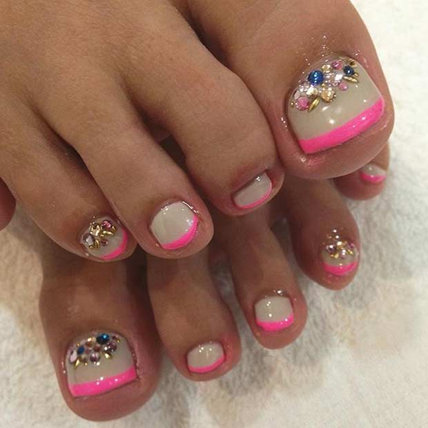 Roza and Nude French Tip Toe Nail Design for Summer