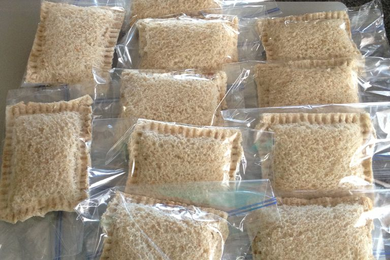 замрзавање uncrustable sandwiches