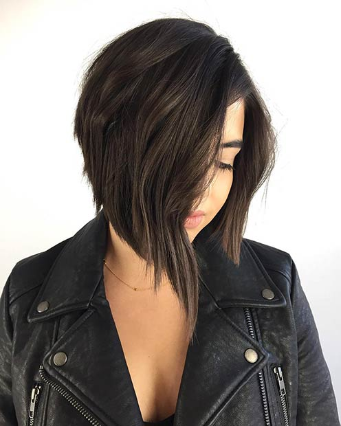 Страигхт Stacked Bob Haircut for Brunettes