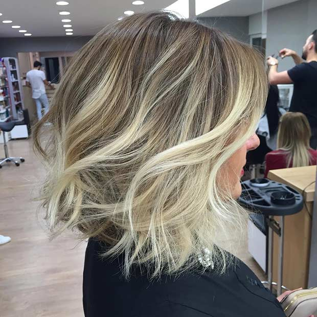 Боб Haircut with Icy Blonde Highlights