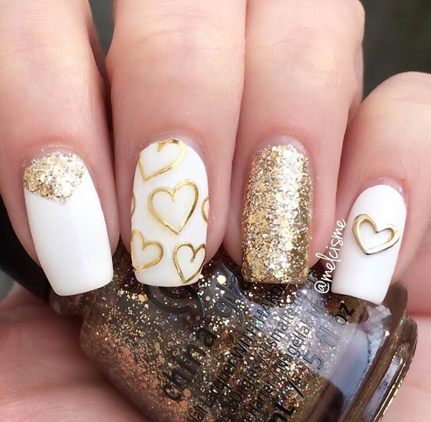 alb and Gold Valentine's Day Nails