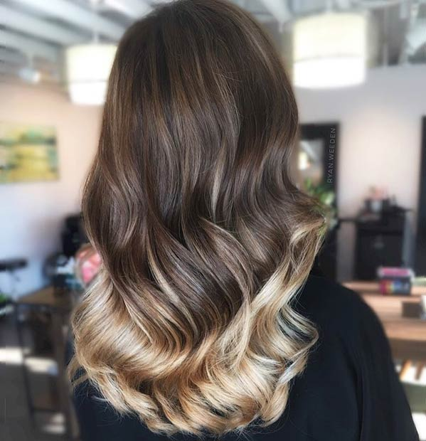 Blondinka Hair Painting Highlights on Dark Hair
