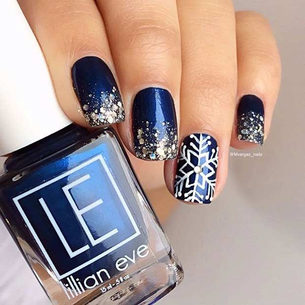 नीला and Silver Glitter Snowflake Winter Nails