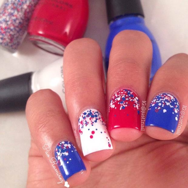 Enkel Red White Blue Nail Design
