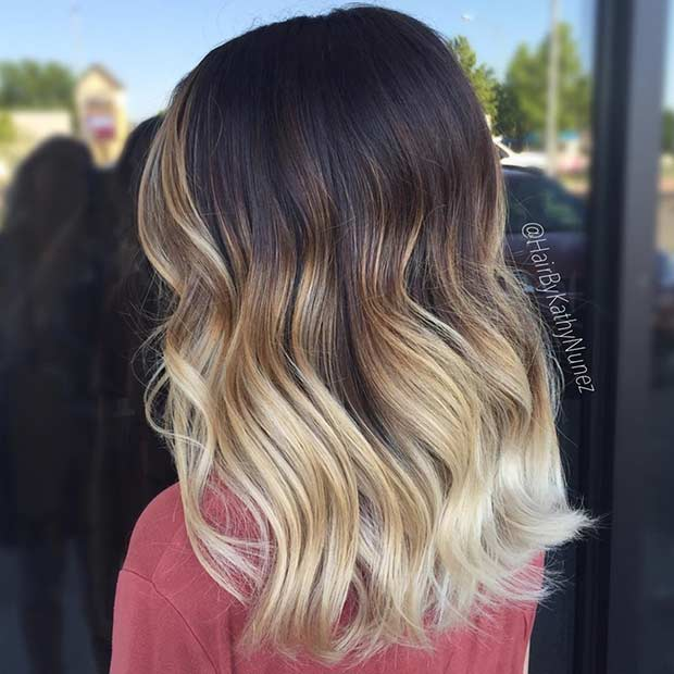 Blondă Balayage Ombre on Dark Medium Length Hair