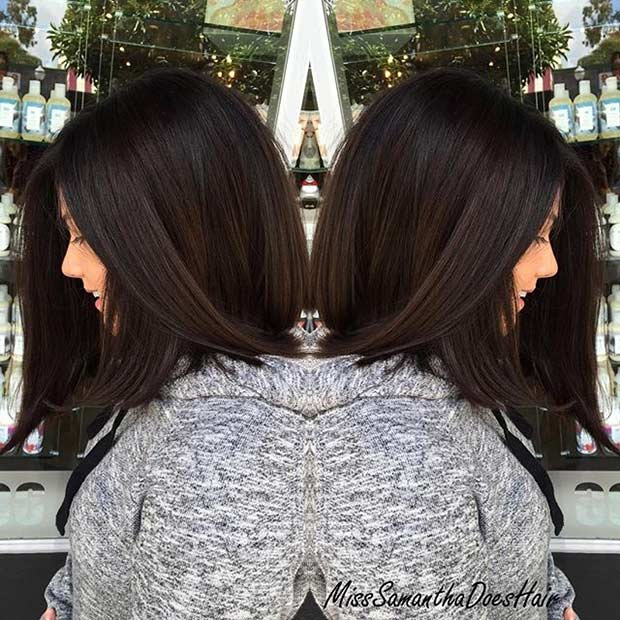 ปานกลาง Length Bob Haircut for Thick Hair